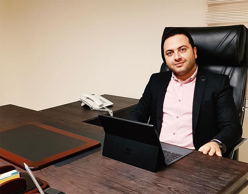 احمدرضا محمودی
